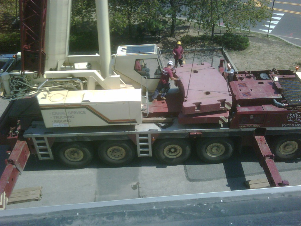 100 Ton Crane being prepaired for Rooftop unit replacement